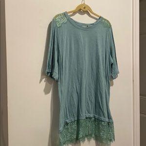 LOGO aquamarine shirt w lace on shoulders and trim